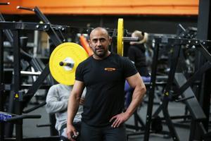 Selwan Salim på gymmet Stark i Weda räds inte Actics utbredning i Södertälje.