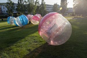 Under Nipyrans första kväll kunde besökarna bland annat testa på bubbelfotboll.