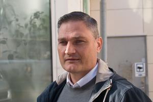 """Daniel Holmvin, kanslichef i Köpings kommun, säger att det har blivit vanligare att begära ut stora mängder dokument. """"Att det bara krävs ett knapptryck hemifrån har gjort det så mycket enklare""""."""