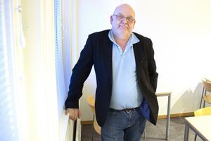 Sveneric Freijd har jobbat på flera skolor i Sandviken och Valbo. Han har bland annat varit på Jernvallsskolans högstadium.