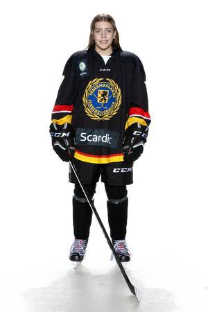 Foto: Lars-Åke Johansson/Södermanlands  Ishockeyförbund.  Alice Wallin.