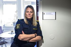 Veronica Andersson vid polisen.
