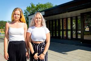Victoria Nilsson och Elma Söder går båda andra året på estetiska programmet i Bollnäs.