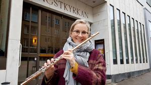 Hannah Törnell Wettermark spelar med Curious chamber players. På lördag uppträder de i Södertälje.