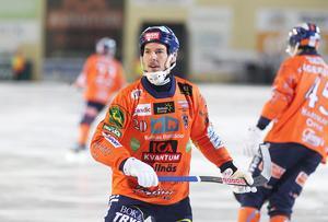 Christian Mickelsson gjorde ett hattrick som förde Bollnäs från 2–3 till en ledning med 5–3.