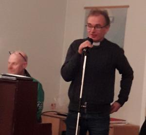 Komminister Mats Hallin delar med sig sina erfarenheter av begreppet gudstjänst.