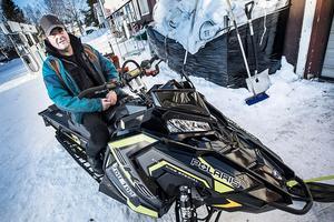 – Vi har levererat två snöskotrar till hans jaktstuga i Offerdalsfjällen och fått in en beställning under hösten på några fyrhjulingar. Men jag vet inte om det är Zlatan som kommer att köra skotrarna och fyrhjulingarna, säger Hans Birgersson.