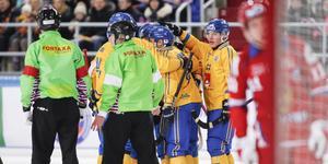 Erik Pettersson gjorde fyra mål och en assist mot Ryssland. Foto: Rikard Bäckman / Bandypuls.se / TT