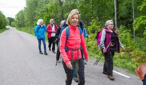 Pia Johansson har anor från Munktorp och besökte orten i somras på semester för att släktforskning tog dem dit. Sedan hittade de att  Kristina Bawér skötte en Facebook-sida om Romboleden och hakade på.