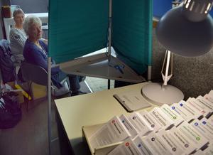 Valsedlarna är placerade inne i