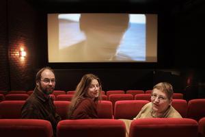 Grundarna Leif Pettersson, Rebecca Svensson och Kerstin Klingmann i den nya salongen i Culturen.