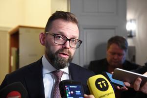 Foto: Jonas Ekströmer/TT. Jean Claude Arnaults försvarsadvokat Björn Hurtig hävdar att åklagaren använder samma typ av bevisning.