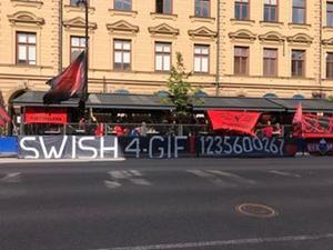 ÖFK-fansens banderoll på Bite Line inför derbyt i augusti.