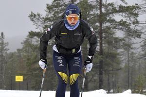 Stina Nilsson ladda för säsongen på svensk snö i Idre.
