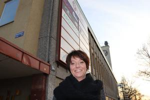 Statsrådet Matilda Ernkrans (S) anser att det är ett klokt beslut av Högskolan Dalarna att flytta campus in i Liljan, som i dag är ett afffärshus.