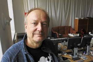 "Mikael Strömbergs senaste verk heter ""The Unseen Film""."