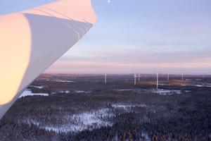 Tio vingar måste bytas ut och resten kommer förstärkas i Svartnäs vindkraftpark. Bilden är tagen i Jädraås vindkraftpark.