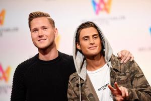 Duon tog sig direkt till finalen av Melodifestivalen. Foto: Henrik Montgomery / TT