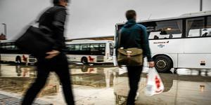 Dalatrafiks resenärer ska inte drabbas av misstänkta miljonsvinnet från kollektivtrafiken - menar nya tillfälliga ledningen.