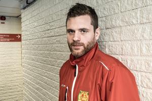Inspirerande, tycker Daniel Hermansson om sin nya roll i Mora IK:s A-lag.