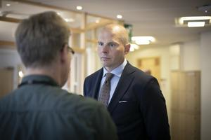 Daniel Kindbergs advokat Olle Kullinger sköt under tisdagen in sig flera gånger på bokföringstekniska saker.