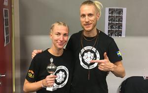 Johanna Persson och David Lehnberg efter lördagens seger i Oslo. Bild: PRIVAT