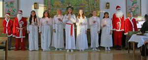 Helgums sjätteklassare bjöd på ett vackert luciatåg i Helgums församlingshem. Bild: Jan-Erik Lantz