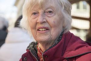 Pia Jansson köpte skinka och honung på marknaden.