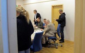 Häktad – men inte för rån! Ingen av de tre som greps misstänkta för förra veckans rån i Svärdsjö häktades för för brottet. Men väl för ett bilinbrott i Bengtsheden natten innan. FOTO: GUBB JAN STIGSON