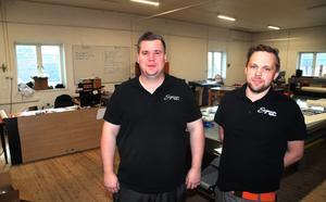 Fredrik Bäckström och Sebastian Johansson driver Signum reklam.