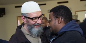 De islamister som nu släpps fria, bland annat imamen Abo Raad i Gävle, riskerar nu att komma tillbaka till sina församlingar som martyrer, och få lättare att rekrytera nya anhängare än tidigare. Den anmälningsplikt de har innebär knappast något hinder för dem.