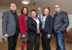 Pär Kindlund (C), Agneta Åhs Sivertsen (C), Lilian Olsson (S), Hans Unander (S), Jessica Hellström (L) och Thomas Ericsson (L) skulle gärna se en vindkraftspark på Ripfjället. Foto: Berit Djuse