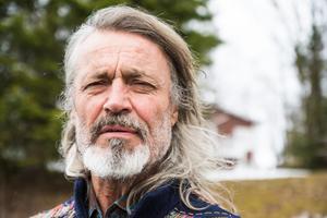 Steve Future reser mycket, men har numera sin bas i Undersåker i Jämtland.