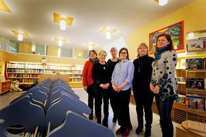 Familjelördagarna anordnas av kulturenheten vid Hedemora kommun, Stadsbiblioteket och Studieförbundet Vuxenskolan, Sensus, NBV, ABF och Bilda. Förutom två evenemang på Stadbiblioteket i Hedemora anordnar man även Familjelördagar i Garpenberg, Vikmanshyttan och Långshyttan.