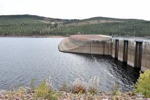 Men det är inte unikt lågt vatten, så här såg det ut i början av oktober 2016 i Trängsletsjön.