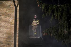 Dennis Swed fick agera nödställd på en balkong.