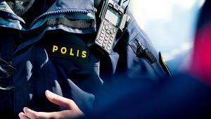 Två kvinnor ska enligt polisen ha sålt sex i Sundsvall. En man är misstänkt för köp av sexuell tjänst.