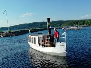 Ångbåten återvänder till Ludvika.
