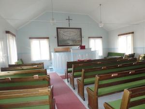 Foto: Christina Kemperyd. Den som köper missionshuset i Berga får ett stort kyrkorum att förvandla till något annat.