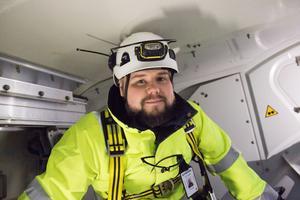 Peter Edin leder personalen som servar vindkraftverken i norra Gästrikland.