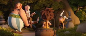 Asterix, Obelix och Miraculix ger sig av för att söka en ny druid i