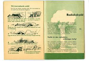Bild: Försvarsmakten.I den tidigare foldern fanns bland annat råd om överraskande anfall och radiakskydd.