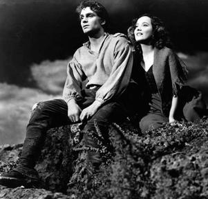 Heathcliff (Laruence Olivier) och Catherine i (Merle Oberon) i William Wylers Oscarsbelönade filmversion av