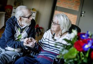 75 år som gifta. I måndags, den 8 april 2019, firade Kumlaparet Bengt-Erik och Svea Vilhemsson atombröllop.