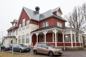 Det gamla, outnyttjade Röda Korset-huset har blivit allaktivitetshus i Studiefrämjandets regi.