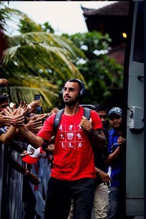Brwa Nouri liknar sin fotbollsvardag med tiden under Östersunds FK:s framgångar i Europa League. Bild: Bali United.
