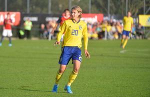 Sebastian Nanasi gjorde 1–0 till Sverige redan efter två minuters spel.