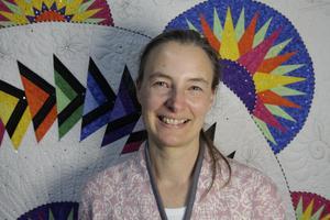 Simone Steuxner från Vänsjö är textilkonstnär.