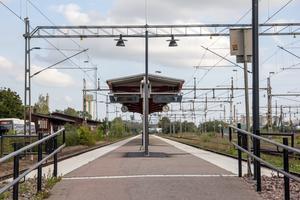 Perrongen i Köping. Här ska två informationstavlor monteras under nästa vecka enligt Trafikverket.