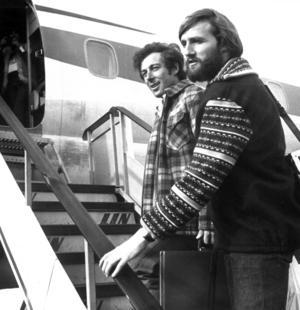 Är man tillräckligt gammal och intresserad av utförsåkning känner man här igen Gustavo Thöni och Piero Gros, två av Stenmarks största konkurrenter i slalombackarna. Foto: Sune Heidenbeck